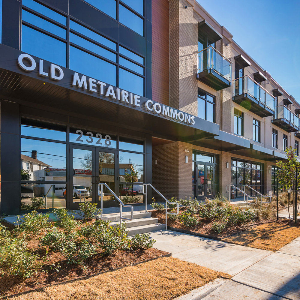 Old Metairie Commons